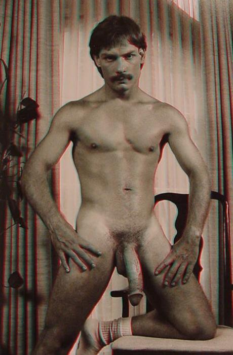 Nacktmänner mit großem Schwanz